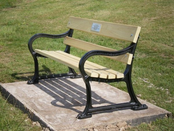 Winder 1800 Memorial bench placed in a stunning location overlooking the Severn Valley